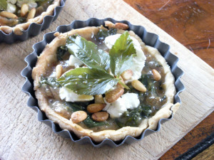 Ground elder and goat's cheese tart, uncooked