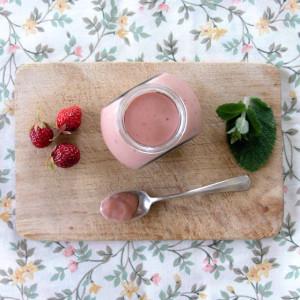 Strawberry and mint curd